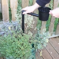 Speed Feed For Pots & Planters